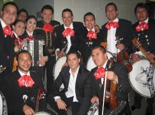 Performance with Pedro Fernandez and David Bisbal