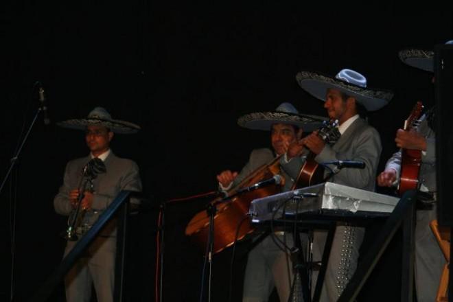 Primer concierto de rancheras en catalán por Mariachi Semblanza