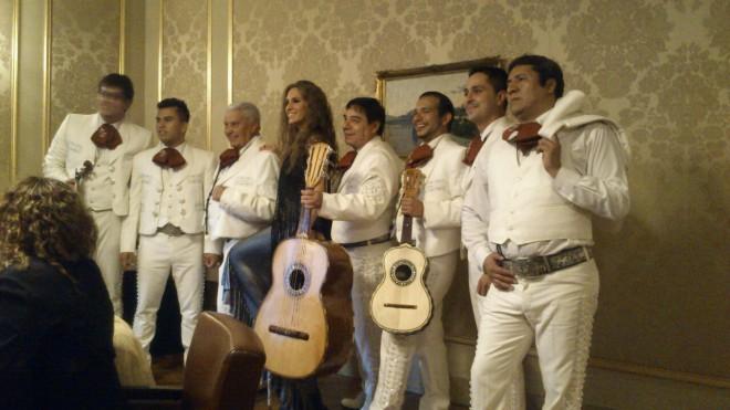 Con María Toledo en la Boda de Rafael Amargo